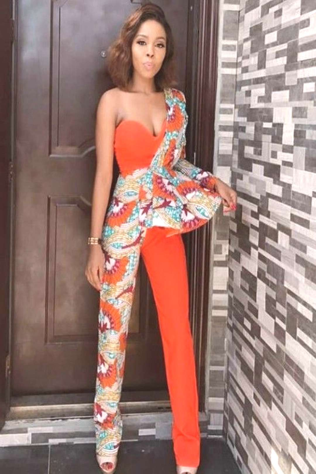 Gorgeous Ankara Jumpsuit Styles 2019 There are several cute ways to slay Ankara Trousers/pants watc