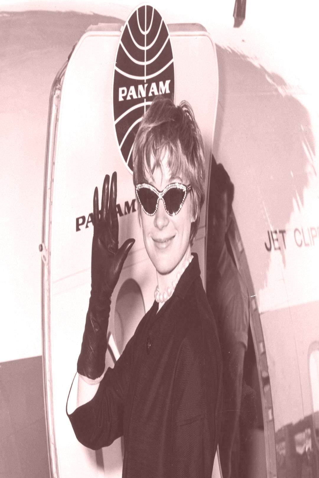 TBT Vintage Photos of Celebrities at Airports - -You can find Airports and more on our website.TB